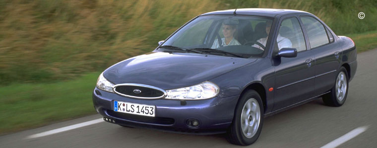 ford mondeo 1 occasion voiture ford mondeo auto occasion. Black Bedroom Furniture Sets. Home Design Ideas