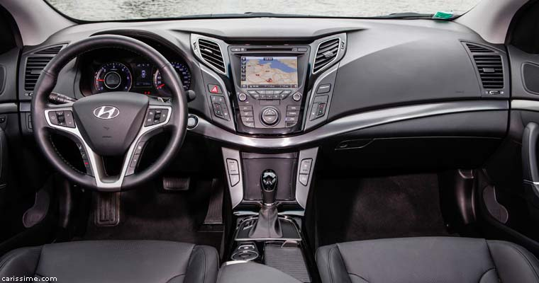 Hyundai i40 2015  restylage Voiture Familiale