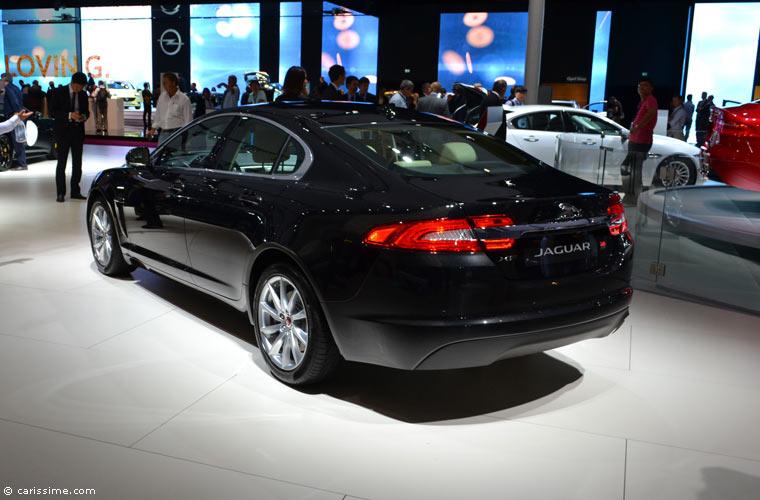 jaguar au salon automobile de paris 2014 photos. Black Bedroom Furniture Sets. Home Design Ideas