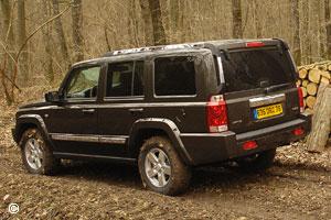 jeep commander 2006 2010 voiture occasion. Black Bedroom Furniture Sets. Home Design Ideas
