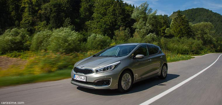 Kia Ceed 2 (2015) Voiture Compacte Restylage