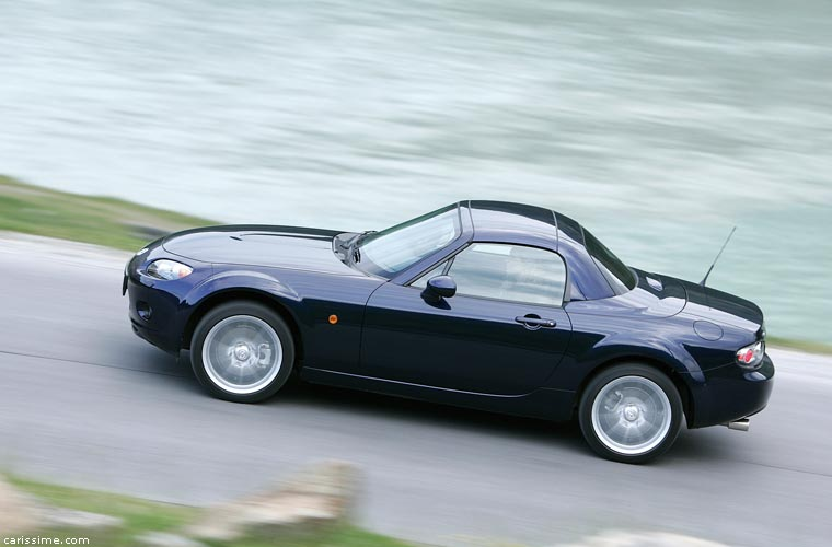 mazda mx5 iii cc 2005 2009 voiture coup cabriolet. Black Bedroom Furniture Sets. Home Design Ideas