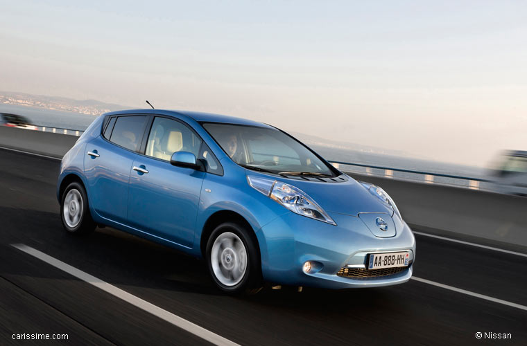 nissan leaf lectrique 2011 2013 voiture compacte. Black Bedroom Furniture Sets. Home Design Ideas