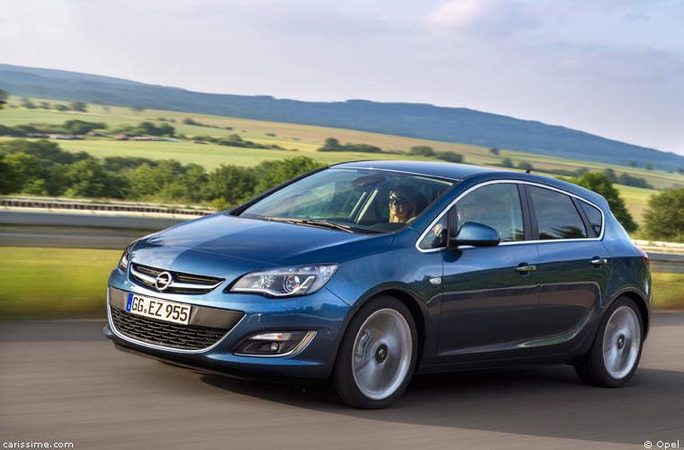 Opel Astra 4 2009 Voiture Compacte