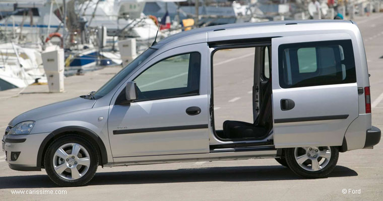 opel combo tour voiture occasion. Black Bedroom Furniture Sets. Home Design Ideas
