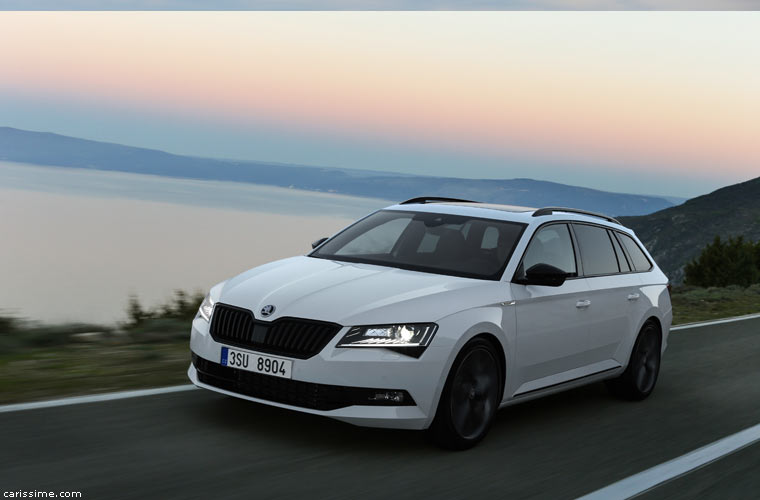 skoda superb combi 2015 photos. Black Bedroom Furniture Sets. Home Design Ideas