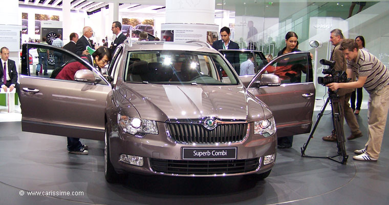 skoda superb break combi salon de l 39 automobile francfort 2009. Black Bedroom Furniture Sets. Home Design Ideas