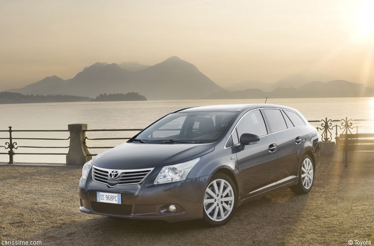 toyota avensis 3 sw 2009 2012 voiture break. Black Bedroom Furniture Sets. Home Design Ideas