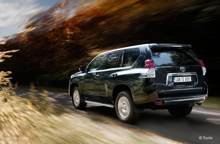 Toyota Land Cruiser 9 2010 / 2013