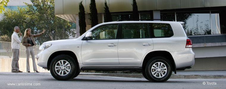 toyota land cruiser station wagon v8 voiture neuve occasion nouveaut auto. Black Bedroom Furniture Sets. Home Design Ideas