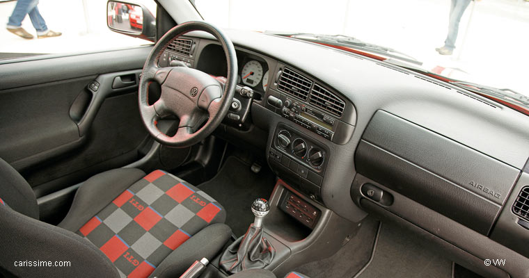 Volkswagen golf 3 1991 1998 voiture occasion for Interieur golf 3